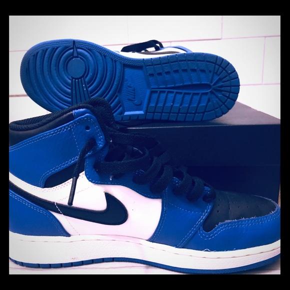 reputable site 5ff94 c7a1e Boys Air Jordan 1 Retro: Blue (Soar)/ Black/White